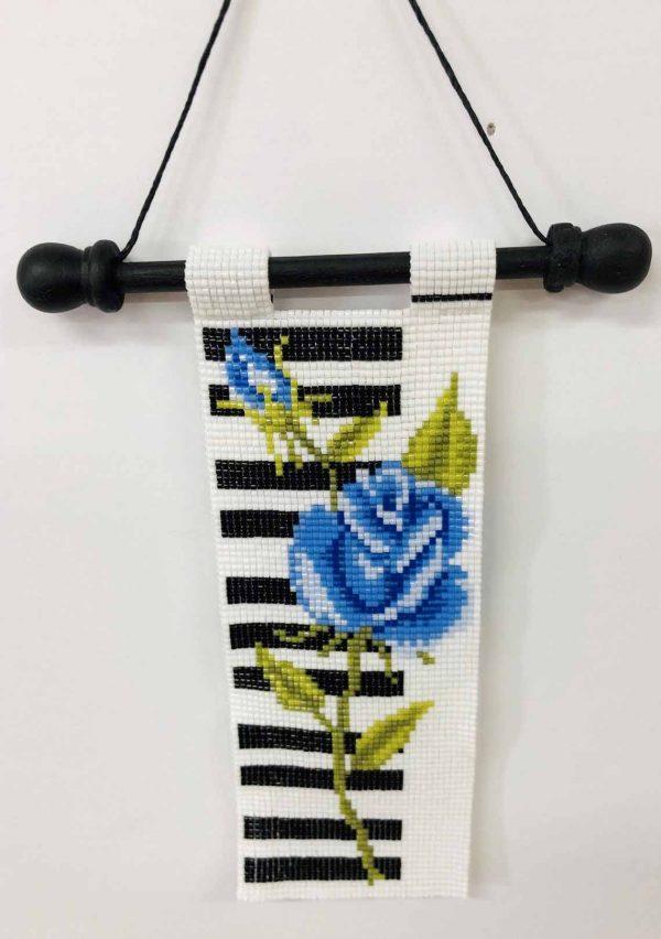 piano-rose-beaded-tapestry