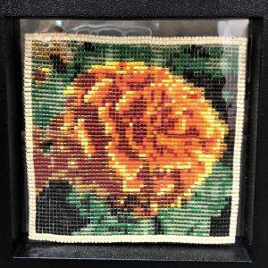 single-marigold-pattern